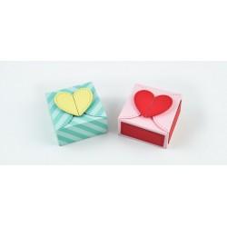 LAWN FAWN CUTS HEART TREAT BOX